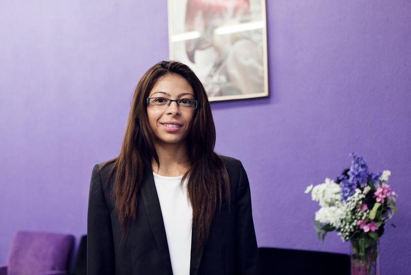 Manuela Hairfashion, Rotterdam - Kapper - Bilderdijkstraat 223