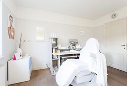 Face Schoten (Facial / facial treatment) - Esthetiek Inge