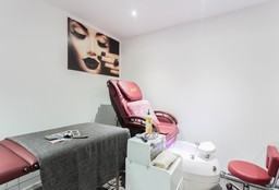 Nails Uccle ((Cosmetic) Pedicure) - Coco nails