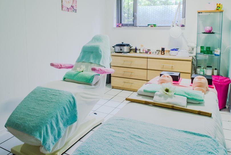 Beautysalon Mea Vota, Almere - Hairdresser - Olstgracht 137