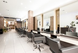 Hairdresser Etterbeek (Children's haircut) - RClub