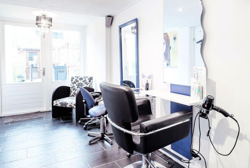 Shadow Kapsalon, Utrecht - Hairdresser - Klifrakplantsoen 120