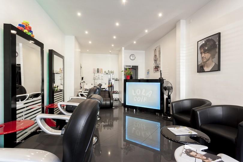 R server maintenant lola coiffure hommes coiffeur dans for Miroir coiffure st augustin