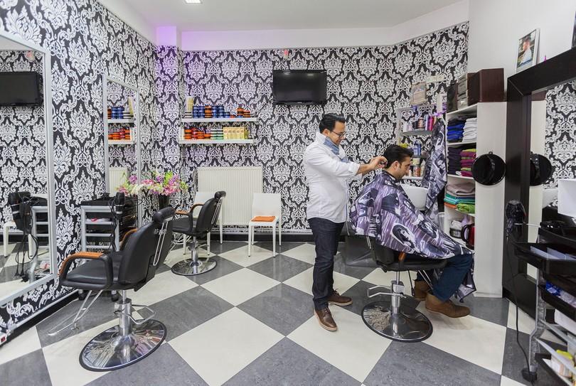 R server maintenant mondial coiffure coiffeur dans for Salon mondial de la coiffure