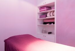 Massage Uccle (Massage pierres chaudes) - Dalida Esthetic