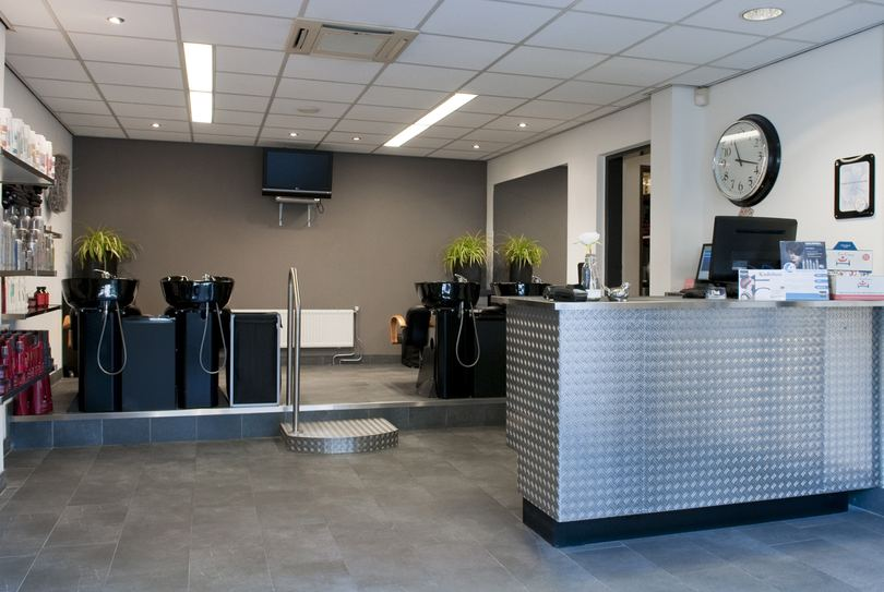 Trendline Kappers Centrum (voormalig Kinghs Hairfashion), Soest - Hairdresser - Burg. Grothestraat 41