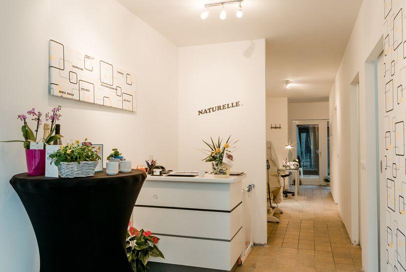 Naturelle, Antwerpen - Gezicht - Lange Beeldekensstraat 106