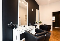 Hairdresser Etterbeek (Hair Extensions) - Manu Coiffure