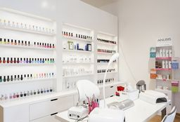 Nagels Deurne (Pedicure) - Emilia New Look