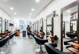 Hairdresser Bruxelles (Blow dry / styling) - Raphaeli's coiffure