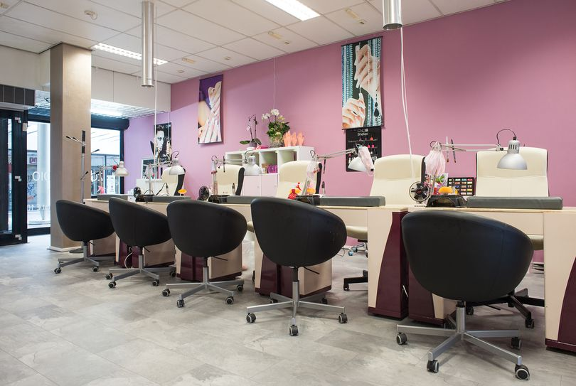 Sun & Nails Studio, Eindhoven - Nagels - Winkelcentrum Woensel 116