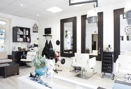Hairdresser Arnhem (Hair straightening) - Kapsalon Medi