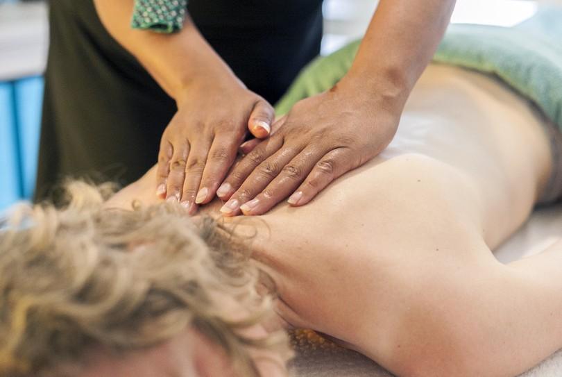 hartstochtelijk massagesalon aan het lapdancen