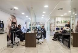 Hairdresser Merksem (Blow dry / styling) - Cafe De Beauté Merksem