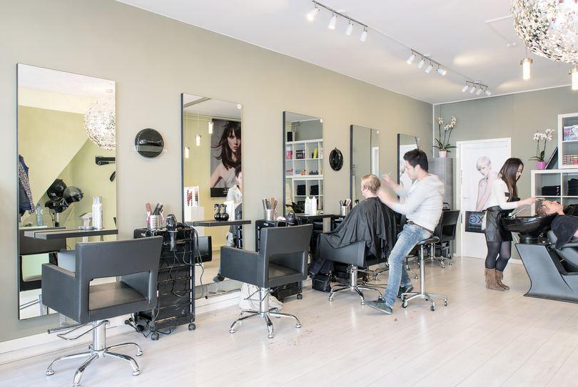 Kapsalon Sunny, Utrecht - Hairdresser - Voorstraat 43