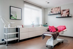 Massage Zwevegem (Massage) - Beauty, Nails & More