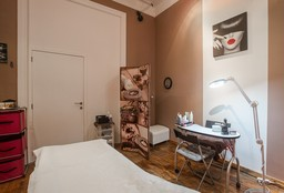 Massage Ixelles ((Herbal) Stamp Massage) - Mam'Zelle Beauty