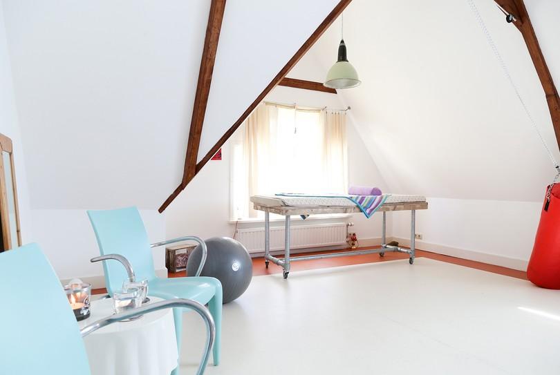 Helend Licht, Groningen - Massage - Rijksstraatweg 105