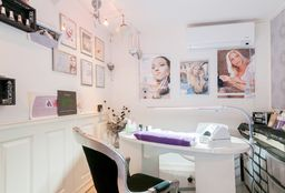Nails Apeldoorn (Getting your nails done) - Valentina Nail-Design