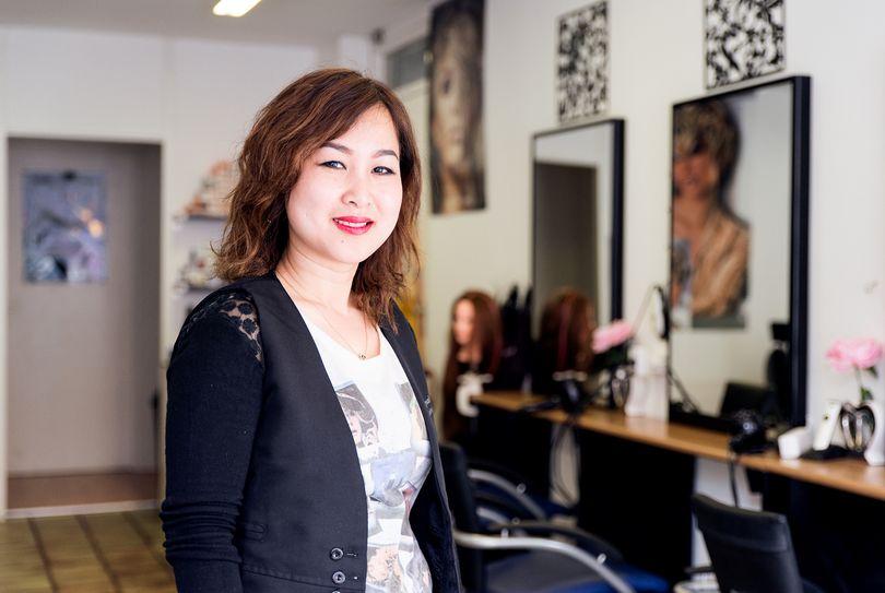 Kapsalon Heng, Utrecht - Hairdresser - Hopakker 176