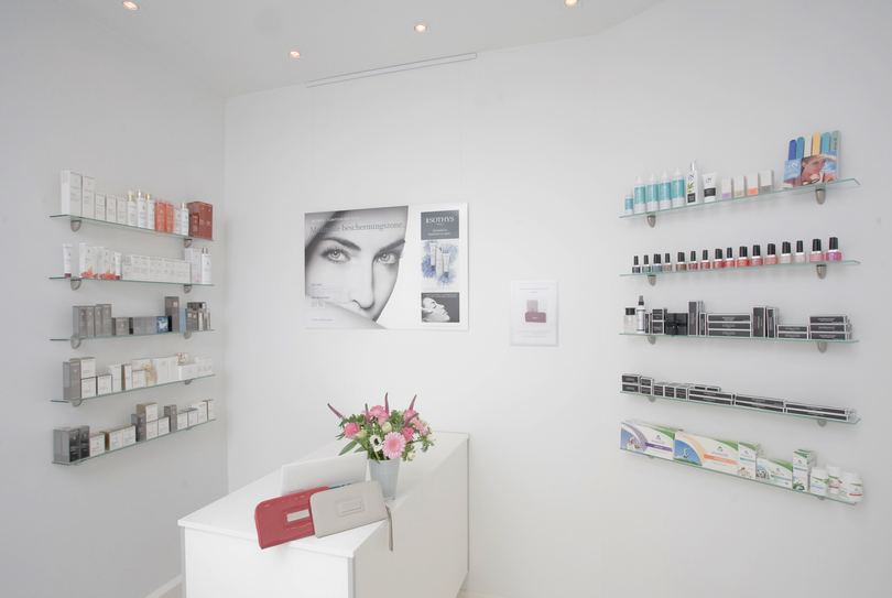 Iksi Beauty, Delft - Face - Koornmarkt 78